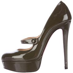Pre-owned Christian Louboutin Patent Leather Mary Jane Pumps ($495) ❤ liked on Polyvore featuring shoes, pumps, green, mary jane platform shoes, mary-jane shoes, round toe platform pumps, round toe pumps and mary jane shoes