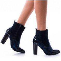 botine-dama-floreta-4-albas Booty, Shoes, Fashion, Lady, Moda, Swag, Zapatos, Shoes Outlet, Fashion Styles