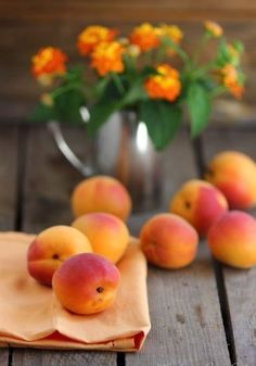 beautyandtheharpsichord: Summer peaches My blog posts
