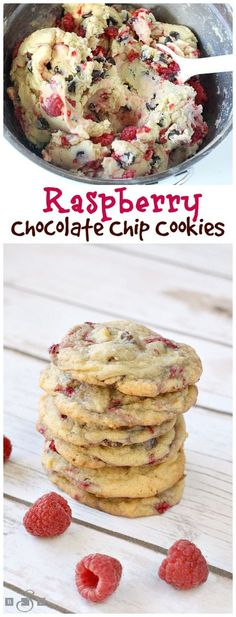 Raspberry Chocolate Chip Cookies are absolutely amazing! Adding fresh raspberrie… Raspberry Chocolate Chip Cookies are absolutely amazing! Adding fresh raspberries to a delicious classic cookie recipe makes such a delicious difference! Just Desserts, Delicious Desserts, Yummy Food, Healthy Food, Baking Desserts, Healthy Meals, Easy Meals, Yummy Cookies, Fruit Cookies