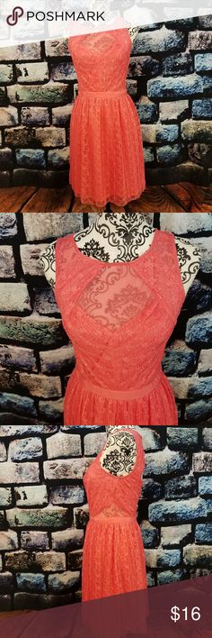 Guess Coral Lace Open back dress Guess Coral Lace Open back dress size small 6 guess Dresses