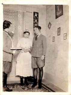 lesbian-wedding-circa-1910