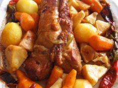 filet mignon, poivron, céleri-rave, pomme de terre, carotte, oignon, ail, feuille de laurier, herbes de Provence, cumin, Poivre, Sel...