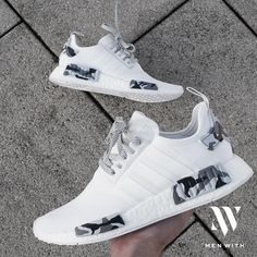The Adidas NMD 'Snow Camo' is the perfect shoe for your streetwear outfit! Get your hand-painted NMD pair now! Cute Nike Shoes, Cute Nikes, Nike Air Shoes, Adidas Shoes Women, Sneakers Mode, Cute Sneakers, Sneakers Fashion, Shoes Sneakers, Adidas Fashion