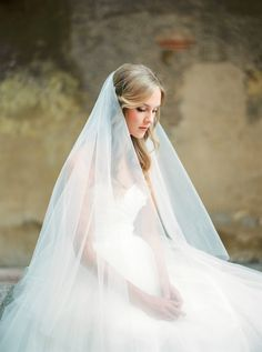 Italian soft tulle circle fingertip wedding veil with blusher