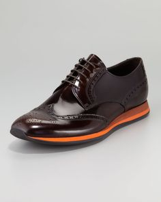 Prada Contrast sole Wing-tip Shoe