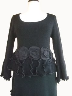 Ruffled Cropped Sweater S/M Black Charcoal by RebeccasArtCloset