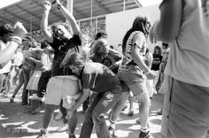 Jay Blakesbergs photos of deadheads dancing