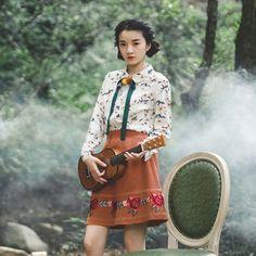 Flowers Sang / Sheng Mo / original literary small fresh retro printing lapel long-sleeved shirt female autumn wild new - Taobao