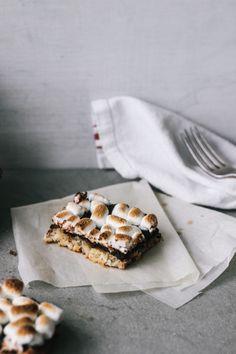 #GlutenFree White Chocoalte Coconut & Banana S'more Bars. Oh my.....