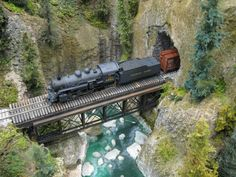 Model Train Scenery | ... Great Canadian Model Railroad: Dave Chomyn's Quintette Tunnels Modules