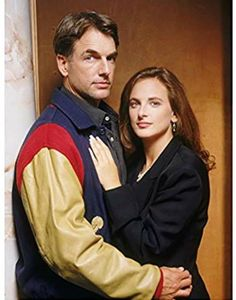Reasonable Doubts Mark Harmon Family, Ncis Stars, Marlee Matlin, Tv Show Couples, Reasonable Doubt, Deaf People, Deaf Culture, Former President, Movies Showing