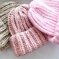 WEBSTA @ house_of_wool - Чудесные шапочки пастельных тонов ) #wool #houseofwool #fashion #вязание #вязаниеназаказ #шапочка #шапочкиизмохера #шапочкиназаказ #kazan #чалма #тюрбан #takori #kazan #kniting