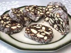 Husárske gombíky • Recept | svetvomne.sk Salama, Romanian Food, Coconut Cookies, Coconut Recipes, Kakao, Christmas Desserts, No Bake Desserts, Rum, Treats