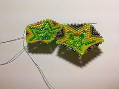 zia lola beads it: Exploring 3d shapes in peyote stitch