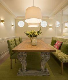 Sube Interiorismo Zarautz reforma integral de vivienda Gipuzkoa Dining Table, Furniture, Design, Home Decor, Medusa, Homes, Upholstered Chairs, Kitchens, Yurts