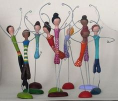 mini dancers - these would be fun to do with many different materials - paper clay would work well, plaster ?Building a Wire Armature Paper Mache Projects, Paper Mache Clay, Paper Mache Crafts, Wire Crafts, Paper Clay, Clay Projects, Clay Crafts, Paper Art, Diy And Crafts