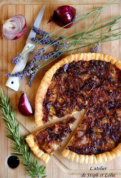 Pizza façon « tarte aux oignons rouges et miel »