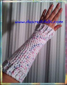 Crochet Wrist Warmers Free Pattern by DearestDebi