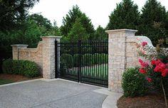 Top 50 gates designs for modern homes 2019 catalogue Driveway Entrance Landscaping, Brick Driveway, Driveway Design, Driveway Gate, Acreage Landscaping, Front Gate Design, House Gate Design, Fence Design, Farm Entrance