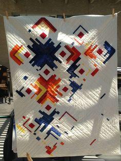 Moderne Krippe Quilt - My Quilt Ideas Modern Quilting Designs, Modern Quilt Patterns, Quilt Designs, Modern Quilt Blocks, Strip Quilts, Easy Quilts, Mini Quilts, Modern Crib, Patches