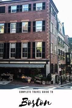 Boston, MA is stunning in the fall. Check out this complete travel guide to Boston, MA! #boston #newengland #bostontravelguide