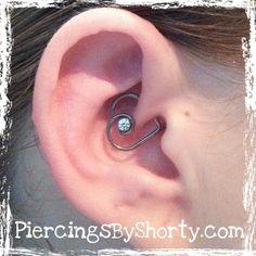 Daith heart Daith Piercing, Body Piercings, Peircings, Piercing Tattoo, Daith Earrings, Body Jewelry, Jewelry Box, Jewellery, Schmuck