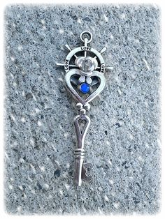 Heart Set Sail Fantasy Key by ArtbyStarlaMoore on Etsy, $15.00