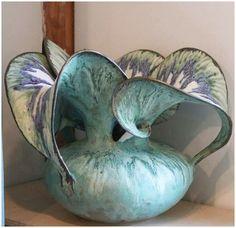 Grand River Pottery, Susan & Eric A. Art Sculpture, Pottery Sculpture, Pottery Vase, Ceramic Pottery, Sculptures, Clay Vase, Pottery Techniques, Pottery Classes, Ceramics Projects