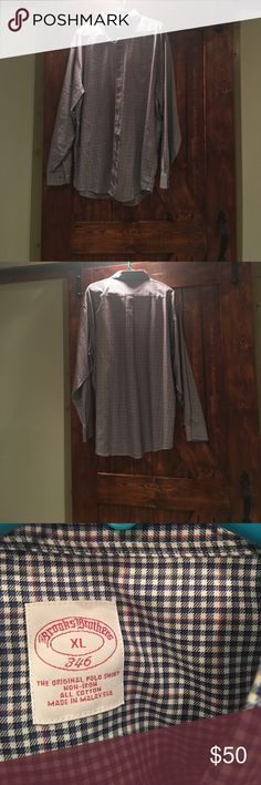 Brooks Brothers sport shirt Brooks brothers non-iron sport shirt. In great condition! Brooks Brothers Shirts Dress Shirts