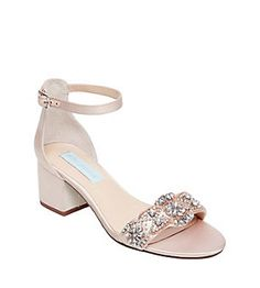 Find the perfect sandals for summer from Betsey Johnson. The Betsey Johnson sandals collection includes solid and print cute sandals for all your summer outfits. Stylish Sandals, Cute Sandals, Walking In High Heels, Nursing Shoes, Buy Shoes Online, Luxury Shoes, Types Of Shoes, New Shoes, Women's Shoes