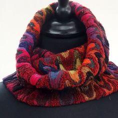 SNOOD double élastiqué, en viscose , dessins vagues rouilles et multicolores , : Echarpe, foulard, cravate par akkacreation