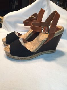 7b18fdf82 Tory Burch Wedhe Sandal Size 11 Brown Lightweight Hemp Cancas Leather Wood   fashion  clothing