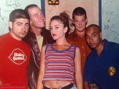 No Doubt-Gwen Stefani Gwen Stefani 90s, Gwen Stefani No Doubt, Gwen Stefani And Blake, Gwen Stefani Style, Young Gwen Stefani, Mode Vintage, Grunge Hair, Celebs, Celebrities