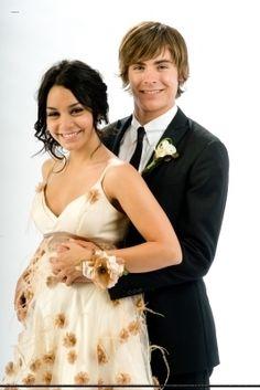 Vanessa Hudgens And Zac Efron Hsm High School Musical Cast Fanfiction