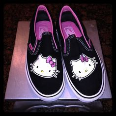 Hello kitty Vans limited edition 8 Adorable hello kitty vans size 8 worn once perfect condition very comfy Vans Shoes