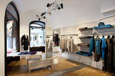 The Iris von Arnim Pop-Up Store in Vienna ─ interior view.