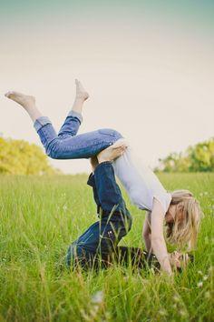 Love like a child! 30 Super Cute Engagement Photos!