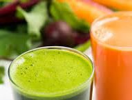 A cure juice of fruits and vegetables raw and fresh to find a health of iron by valgut Smoothie Legume, Juice Smoothie, Fruit Juice, Fresh Fruit, Jus Detox, Healthy Smoothies, Fruits And Vegetables, Health And Nutrition, Food Videos