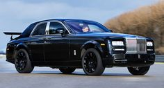 New Details On Rolls-Royce SUV Everybody knows that Rolls-Royce is developing a SUV and BMW's chief designer Adrian van Hooydonk has finally shared some details on project Cullinan. According to him, Rolls Royce's history comprises various car models, including cars with huge wheels and ground clearance and these cars have...