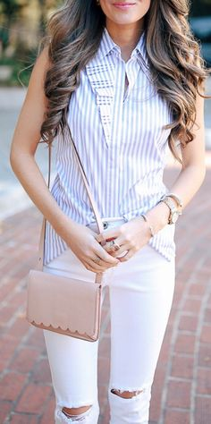 Striped Blouse & White Ripped Skinny Jeans & Brown Shoulder Bag