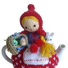 Red Riding Hood Tea Cosy, Downloadable Knitting Pattern | review | Kaboodle