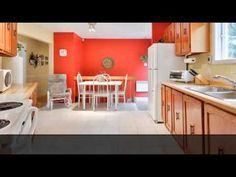 Maison - à vendre - Saint-Jean-sur-Richelieu. Jolie bungalow, 4 chambres à coucher, dans un secteur tranquille, aucun voisin à l'arrière, garage détaché, terrain de 18 000 pi2, grande salle familiale au sous-sol, grand atelier, le plaisir de la campagne avec la proximité de la ville, à 2 min de la nouvelle autoroute 35
