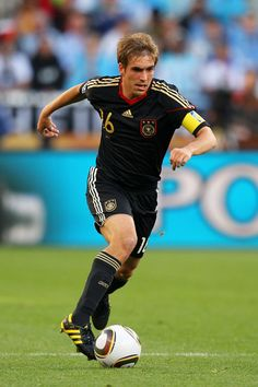 Philipp Lahm Photos: Argentina v Germany: 2010 FIFA World Cup - Quarter Finals
