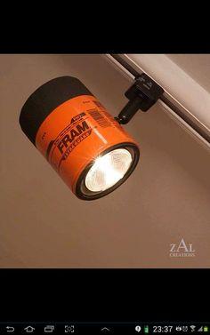 Luminária com filtro de óleo