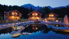 Fabrika de Case - Luxury in Austrian / Bergdorf Design Hotel, Jacuzzi, All Over The World, Around The Worlds, Bergen, Hotels And Resorts, Austria, Skiing, Trekking