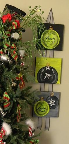 Love the Black, Green, and Gray.... Great colors. use thin wood hot glue tonribbon
