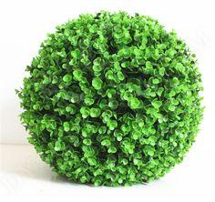Manufacturer of Artificial Buxus Grass Ball