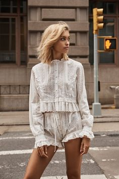Perfect outfit idea to copy ♥ For more inspiration join our group Amazing Things ♥ You might also like these related products: - Vests ->. Hipster Outfits, Stylish Outfits, Fashion Outfits, Womens Fashion, Pleated Shirt, Shirt Dress, Böhmisches Outfit, Looks Style, My Style