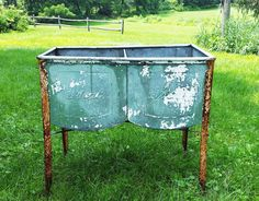 North Country Vintage galvanized, double wash tub for icing beer, wine and other beverages
